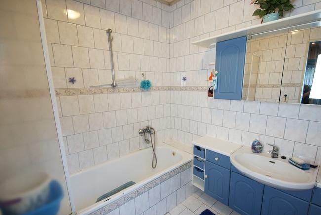 Badezimmer 1. Whg.